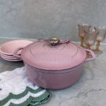 Chasseur Oval French Oven 24cm / 4L Cherry Blossom